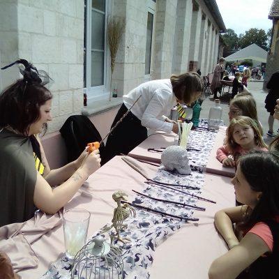 Kermesse 2018 école H Malot Fabrique de baguettes magiques